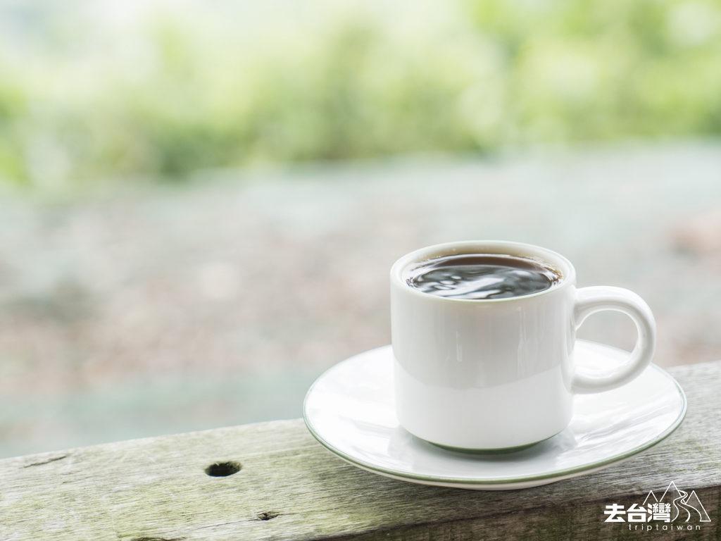 東山咖啡 大鋤花間