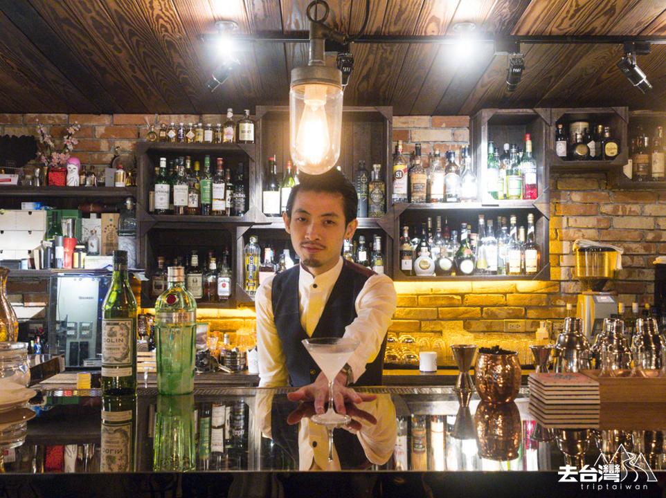 台北酒吧 菱玖洋服