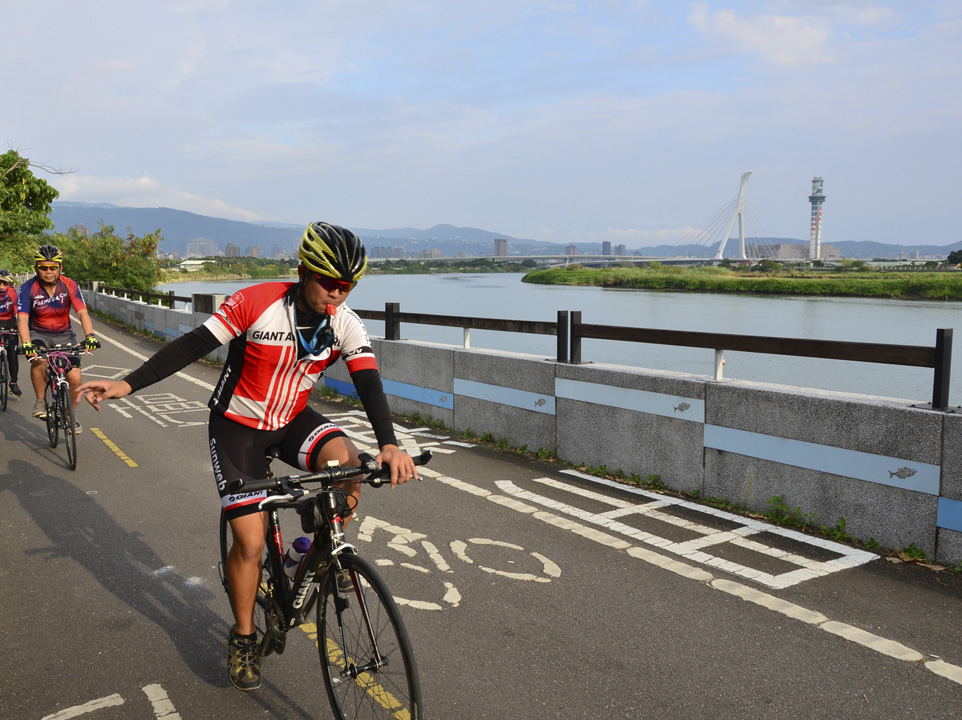單車環島 老爺
